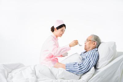 老年人越吃越少怎么办?